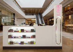 Laka manicure services stand by Bilgoray Pozner, Israel store design