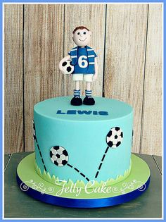 A football themed birthday cake for a Chelsea supporter. Bouncing footballs around the sides of the cake with a sugar model of the birthday boy on the top. Football Birthday Cake, Themed Birthday Cakes, Boy Birthday, Football Cakes, Man Cookies, Cakes For Boys, Celebration Cakes, Cake Designs, Fondant