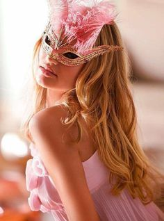 pink and silver feather mask a la victoria secret