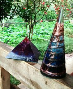 Piramides e Cones energéticos by OrgonITA.