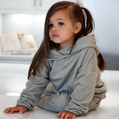 Pinterest: Khromebeauty Cute Little Baby, Cute Baby Girl, Baby Love, Baby Girl Fashion, Toddler Fashion, Kids Fashion, Fashion Photo, Fashion Clothes, Cute Mixed Babies