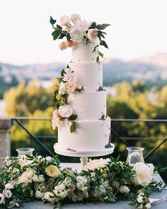Diy Wedding Cake, Small Wedding Cakes, Wedding Cake Flavors, Wedding Cakes With Flowers, Beautiful Wedding Cakes, Wedding Cake Designs, Wedding Cake Toppers, Cake Flowers, Fondant Flowers