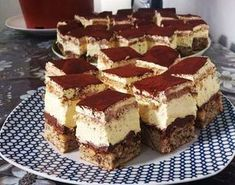 Sunt multe retete de prajituri de casa cu crema, fine si deosebite, dar parca niciuna ca prajitura deliciu. Cremoasa si extrem de delicioasa Romanian Desserts, Romanian Food, Food Cakes, Cupcake Cakes, Focaccia Bread Recipe, Cake Recipes, Dessert Recipes, Delicious Deserts, Something Sweet