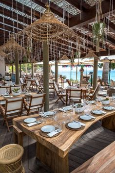 Aiyanna Beach Restaurant Ibiza When age-old with concept, the particular pergola continues to be enduring Beach Restaurant Design, Restaurant Table Setting, Ibiza Restaurant, Rustic Restaurant, Outdoor Restaurant, Restaurant Interior Design, Restaurant Tables, Cafe Interior, Restaurant Ideas