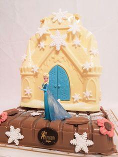 Frozen- Bollo de Pascua- Figura de Chocolate Gijón San Antonio, Frozen, Disney Princess, Disney Characters, Godchild, Buns, Easter, Disney Princesses, Disney Princes