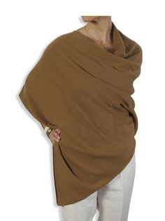 Catherine Robinson Cashmere - Cashmere Poncho – 088 Rich Camel by Catherine Robinson