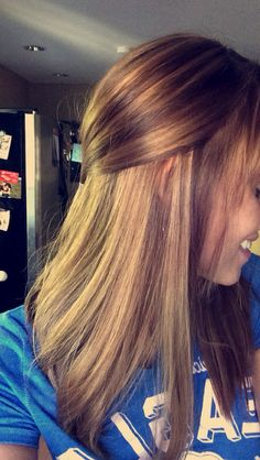 Long bob, medium brown hair and light brown highlights