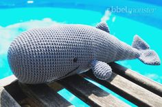 We crochet a sperm whale with this free tutorial. The geh . : We crochet a sperm whale with this free tutorial. The crocheted sperm whale gets big enough for a cuddly toy or as a decoration. Crochet Whale, Crochet Animals, Crochet Toys, Knitted Baby Blankets, Baby Blanket Crochet, Crochet Baby, Baby Knitting Patterns, Crochet Patterns, Crochet Stitches
