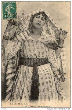 Afrique du Nord-Femme Mauresque-Danse du Mouchoir- Algerian Women 1911 جزائرية