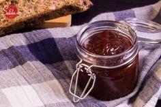 BBQ-Sauce! Barbecue-Sauce low carb. Schön süß, ein bisschen scharf und ein bisschen sauer. Aber komplett ohne Zucker - HAU REIN!