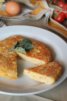 frittata di patate e prosciutto cotto. Una frittata veloce e gustosa da consumare come secondo piatto o come appetizer. frittata di patate e prosciutto cotto. Secondi uova