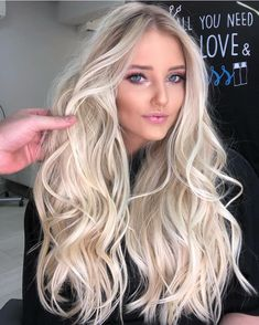 Shop our online store for blonde hair wigs for women.Blonde Wigs Lace Frontal Hair Platinum Blond Wig From Our Wigs Shops,Buy The Wig Now With Big Discount. Frontal Hairstyles, Wig Hairstyles, Straight Hairstyles, Wedding Hairstyles, Evening Hairstyles, Long Haircuts, Modern Haircuts, Hairstyle Ideas, Actrices Blondes