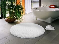 Bathroom Rugs Are Popular For Many Reasons But More Important Is - Luxury bath mats and rugs for bathroom decorating ideas