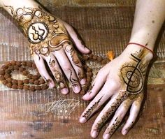 Reference Images, Art Reference, Sirens, Mehendi, Mehndi Designs, Hand Henna, Hand Tattoos, Mermaids, Reiki