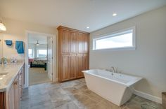 Master bath. Designed and built by Quail Homes of Vancouver Washington.