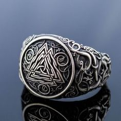 Silver Valknut Ring, Viking Jewelry with Symbols, Norse Ring with Urnes Ornament, Norse Ornament Jewelry, 925 Silver Scandinavian Rings Estilo Cool, Thumb Rings, Unique Rings, Fashion Rings, Fashion Jewelry, Ring Designs, Cuff Bracelets, Jewelery, Silver Rings