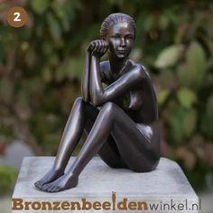 ''Zittende vrouw'' BBW0511br #cadeau #vrouwenbeeld #naaktevrouw #bronzenbeeldenwinkel #brons #bronzenbeeld #tuinbeeld Garden Sculpture, Buddha, Statue, Dame, Outdoor, Art Sculptures, Everything, Gift, Outdoors