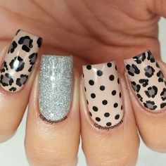 Leopard print nails - would be fun with gold glitter accent nail Fabulous Nails, Gorgeous Nails, Leopard Print Nails, Leopard Prints, Leopard Nail Art, Uñas Fashion, Fashion Ideas, Animal Nail Art, Super Nails