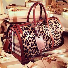 Sweet Mary! Burberry's Boston bag. Fun bag.