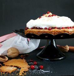 PUOLUKKAINEN JOULU-UNELMA - LINGONBERRY CHRISTMAS CAKE