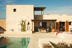 Located on the unspoiled Balearic island of Formentera, this magical and inspiring bohemian house belongs to the beautiful Spanish model Eugenia Silva. Bohemian House, Outdoor Spaces, Outdoor Living, Outdoor Decor, Adobe Haus, Design Exterior, Desert Homes, Balearic Islands, Style At Home