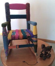 Kurka - coś dla fanów szydełkowania | Yarns, Crochet and Yarn bombing