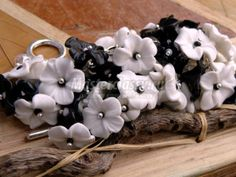 Simple black and white flowers.