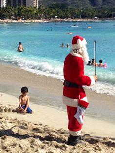 Santa took a break in Honolulu after a busy Xmas.