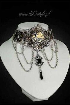 Gothic jewelry. Collier baroque, gothique, victorien noir