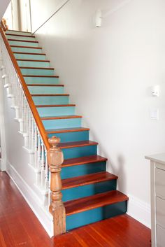 ombre stairs - Sarah Marie Interior Designer Must remember to do this in our next house!