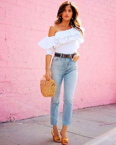 30 Best Summer Outfits Stylish and Comfy Casual Summer Look – Summer Must Haves Collection. The Best of summer fashion in Fashion In, Moda Fashion, Passion For Fashion, Fashion Outfits, Womens Fashion, Fashion Trends, Feminine Fashion, Fashion Styles, Style Outfits