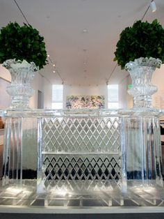 Ice bar table