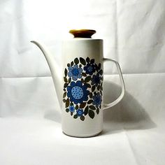 J & G Meakin tall coffee jug from the 1960s. - SOLD