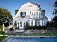 georgianadesign: Fuller Street cape home in Edgartown, MA. Patrick Ahearn Architecture.