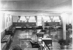 Lounge of the British airship R-101