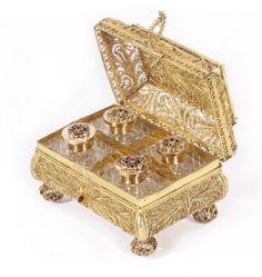 A RUSSIAN GEM-SET GILT SILVER FILIGREE CASE AND SCENT BOTTLE SET, VASILI IVANOVICH POPOV, MOSCOW, C. 1855