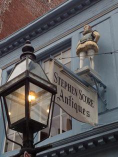 Antique store in Beacon Hill Boston Area, Beacon Hill, Antique Stores, Nantucket, Cape Cod, Massachusetts, Sunny Days, New England, Maine
