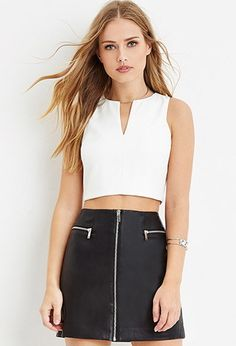 Notched-Neckline Crop Top | Forever 21 - 2000163664