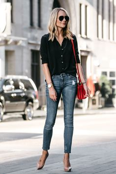 Blonde Wearing Everlane Black Button Up Shirt Denim Skinny Jeans Outfit Christian Louboutin Nude Pumps Red Handbag Fashion Jackson Dallas Blogger Fashion Blogger Street Style