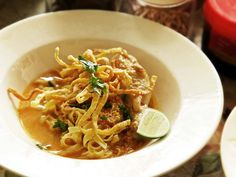 Real-Deal Khao Soi Gai (Northern Thai Coconut Curry Noodle Soup With Chicken) Recipe | Serious Eats