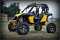 "8"" Lift on the Can-Am Maverick S3 Powersports"