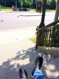 #yourboots Blundstones on the steps of a brownstone
