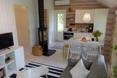 Kitchen Dining, Dining Room, Forest House, Glamping, Home Kitchens, Tiny House, Cottage, Table, Furniture