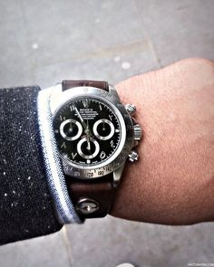 How's this for awesome! Test driving a custom piece by BrevetPlus. :o A Rolex Daytona with an Arabic dial, beadblasted case and handmade leather strap…Indiana Jones eat your heart out! (apologies for the iPhone pic…where's my iPhone 5!?)