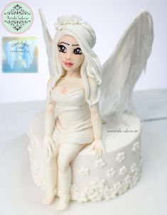 """""""Angelita"""" Sweet Angels collaboration - cake by Natalia Salazar Daily Inspiration, Fairies, Collaboration, Cute Girls, Cake Decorating, Angels, My Etsy Shop, Cakes, Disney Princess"""