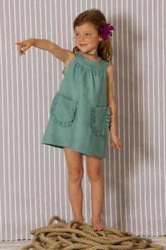 Baby Girl Dress Patterns, Baby Clothes Patterns, Little Girl Dresses, Baby Dress, Girls Dresses, Tween Fashion, Cute Fashion, Simple Dress Pattern, Moda Kids