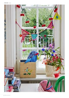 Colorful garlands to decorate the windows.Like the idea of the cherries, or cats, birds, whales, cute monsters as a garland! Crochet Garland, Bunting Garland, Buntings, Crochet Books, Kids Decor, Home Decor, Little Girl Rooms, Beautiful Crochet, Furniture Makeover