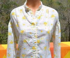 vintage 70's blouse FLORAL women white yellow button down shirt Large XL band collar