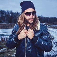 """Keepin my Moose Knuckles warm in my Moose Knuckles leather bomber. FW2015/16 By @mattbarnesphoto @mooseknucklescanada #mooseknuckles #ilovemoose #winter…"""