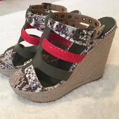 "🆕NWT ALDO wedges 💜Brand new!! So different, red, olive green and snake print straps. 5"" wedge ALDO Shoes Wedges"